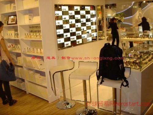 精品展柜,珠宝展示柜,化妆品展柜,展柜制作,手机展柜,文物展柜