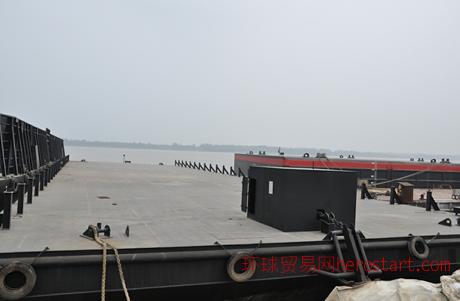 2400吨、2000吨平板驳船出售