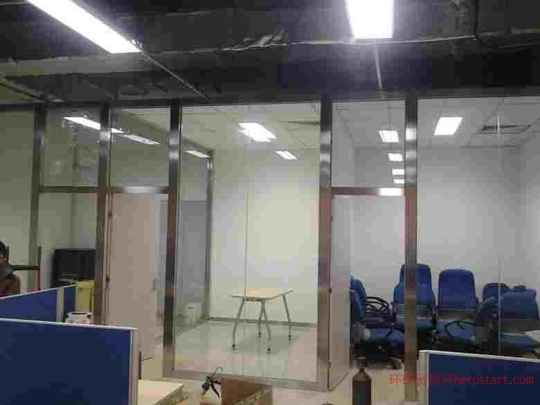 新国展安装玻璃隔断北京隔断制作服务