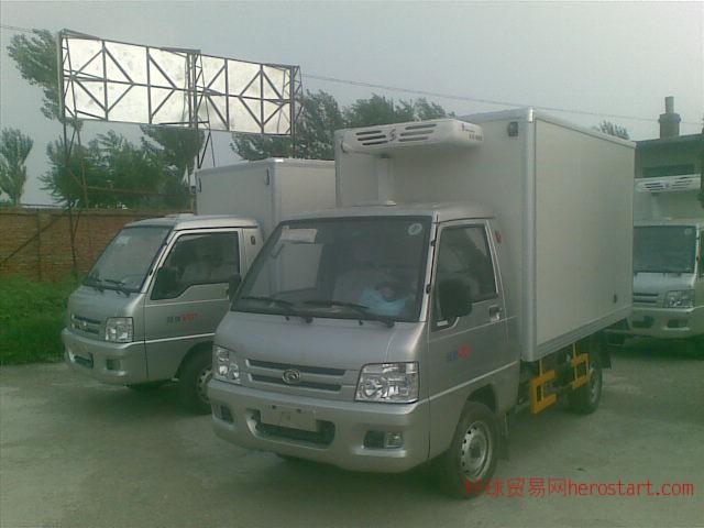 沈阳福田微型汽保温车鲜奶运输车
