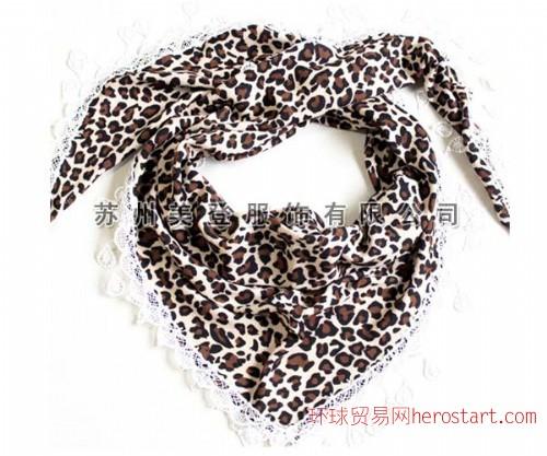 豹纹印花三角巾围巾生产厂家