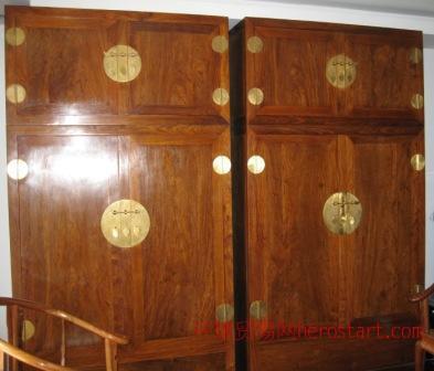 出售转让黄花梨紫檀大四件柜橱/上海景泰亨著名老字号古董店