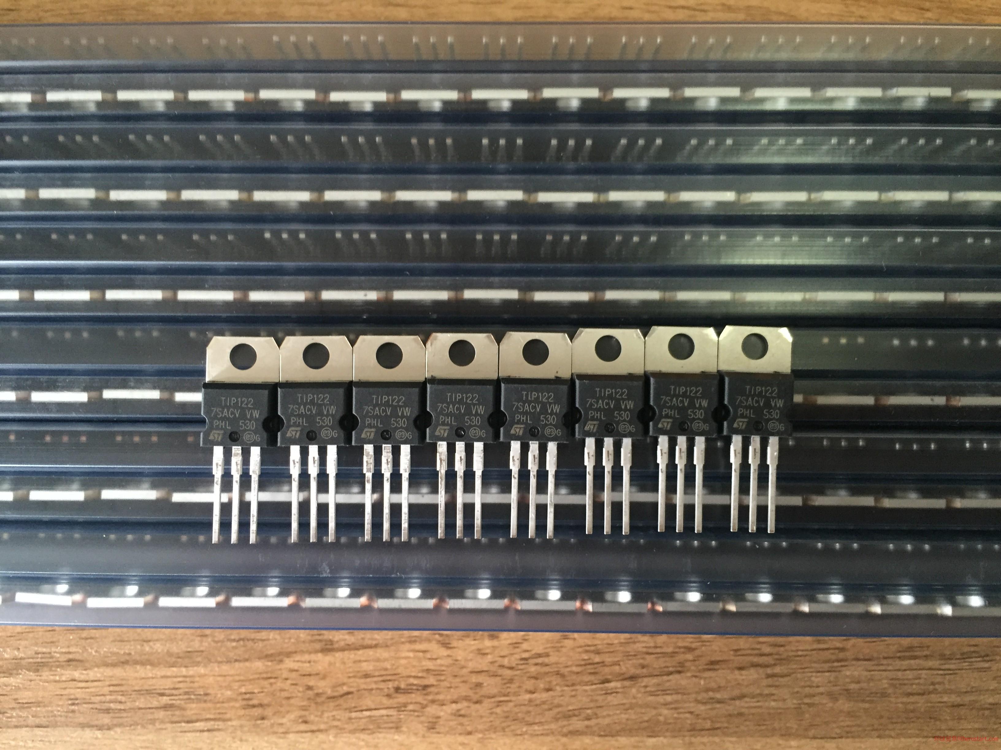 ST代理,三极管TIP122,全新原装现货
