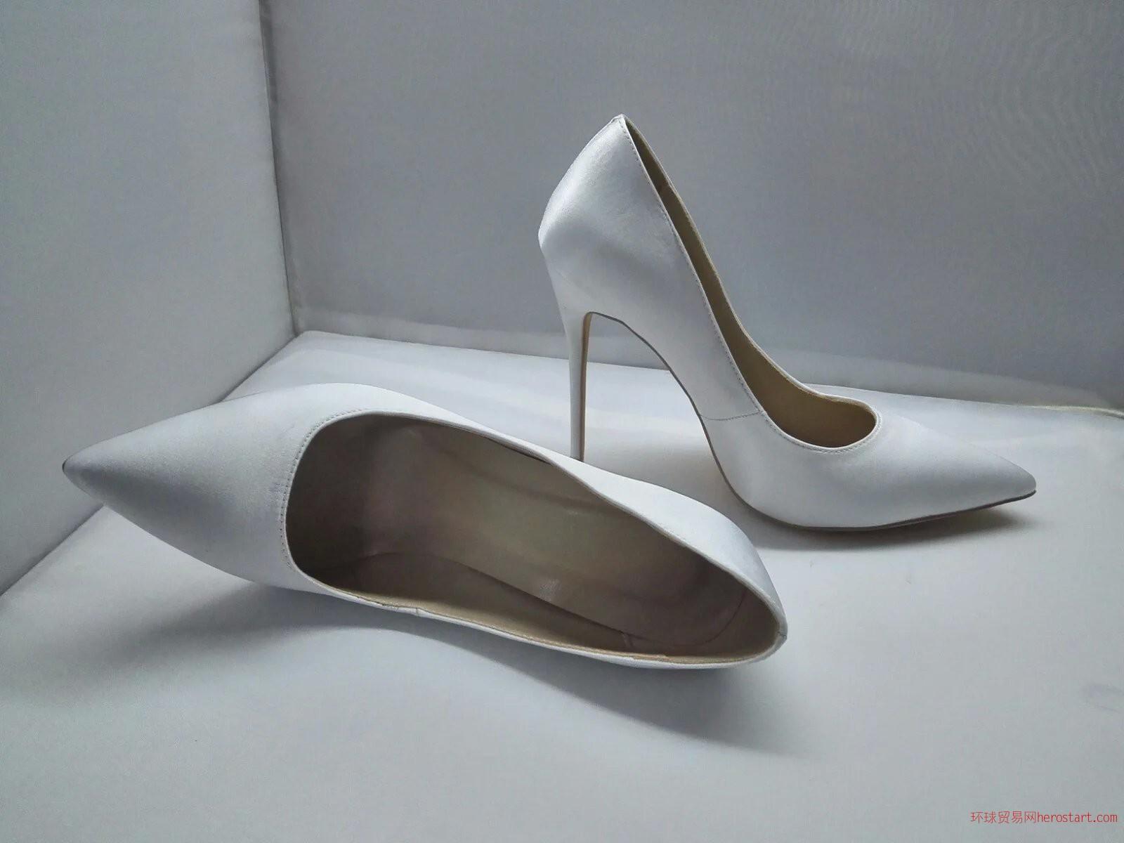 高档真皮女鞋厂来样加工各种时尚鞋