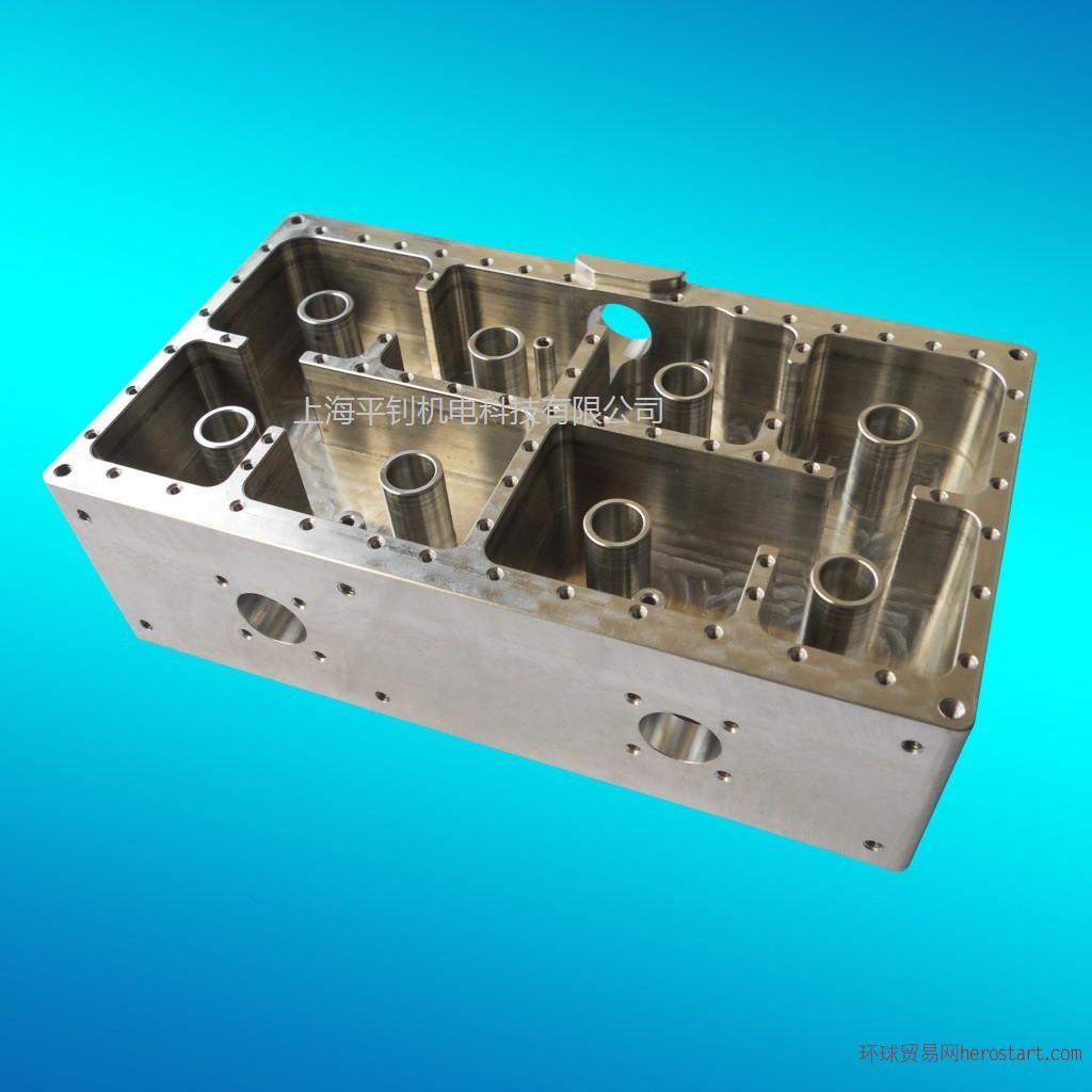 铝装饰条、铝盒等铝制产品、铝合金音响面板