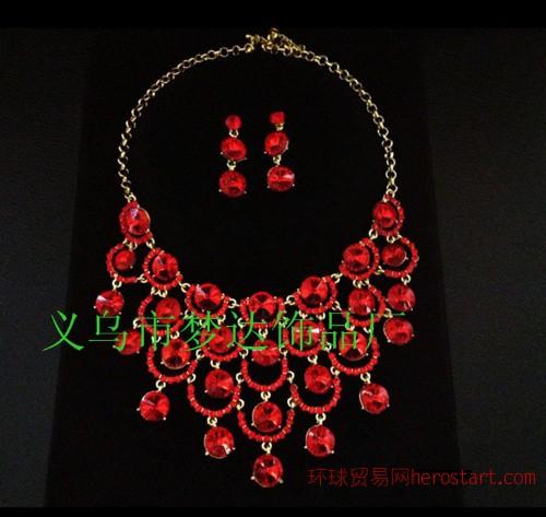 梦达饰品M-08 韩版水钻 红色凤尾两件套