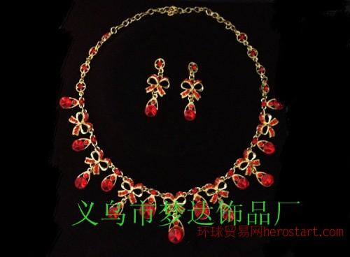 梦达饰品M-10 红色蝴蝶结 新娘饰品二件套