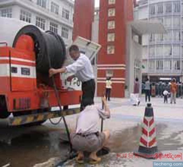 广州出租高压清洗车广州出租高压疏通车新型设备