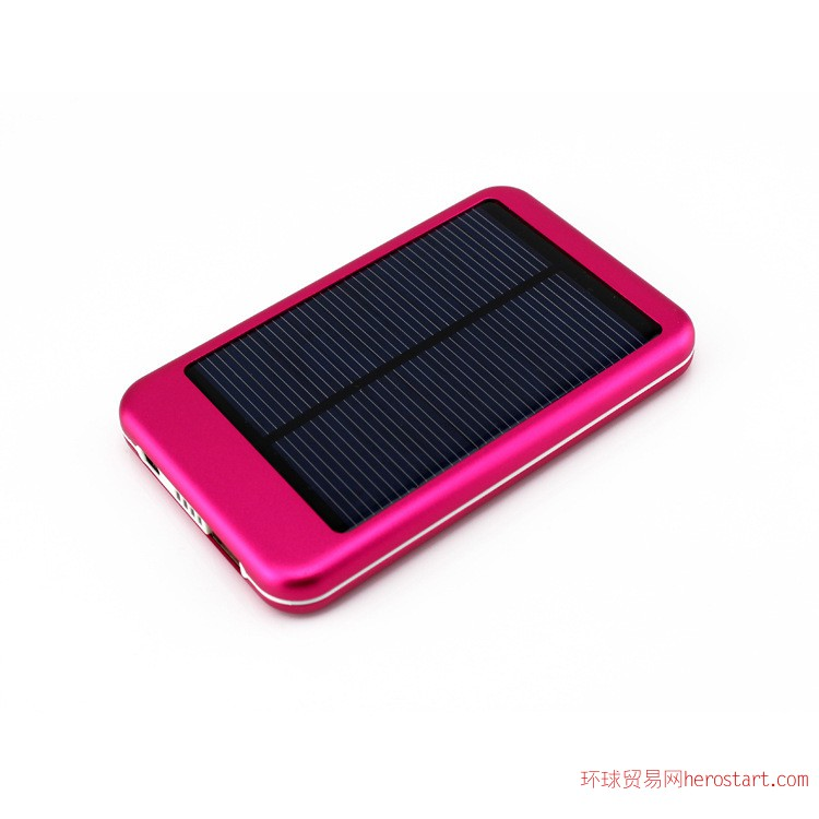 太阳能充电器 深圳移动电源工厂批发足5000mAh容量太阳能充电器
