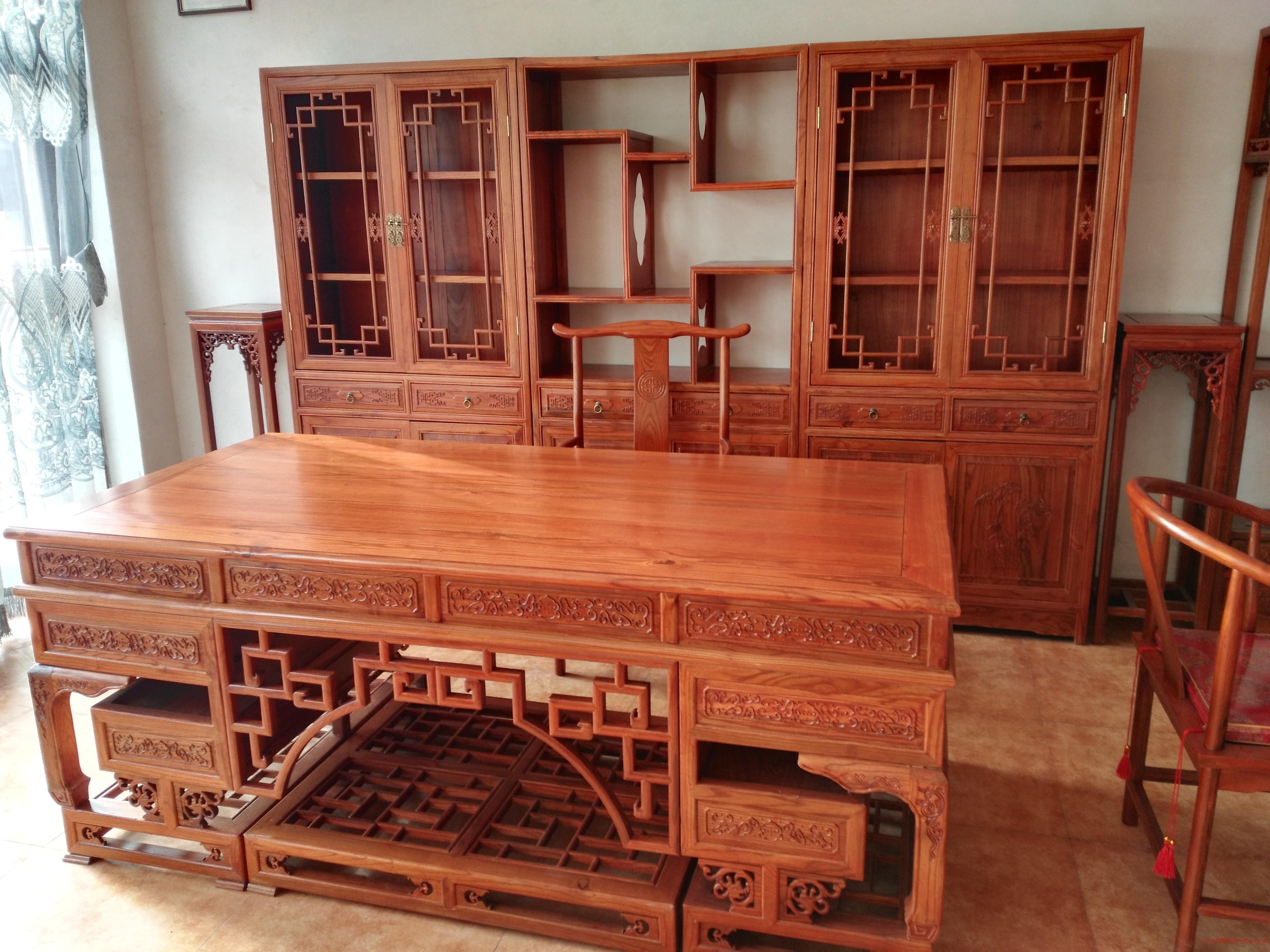 聚雅苑红木家具,天然奇石,木雕工艺品。