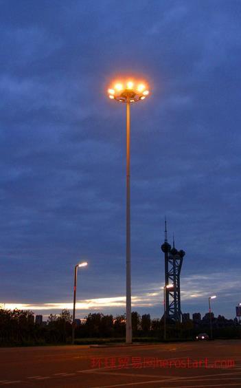 弘旭照明专业生产15米高杆灯4火高杆灯钠灯路灯