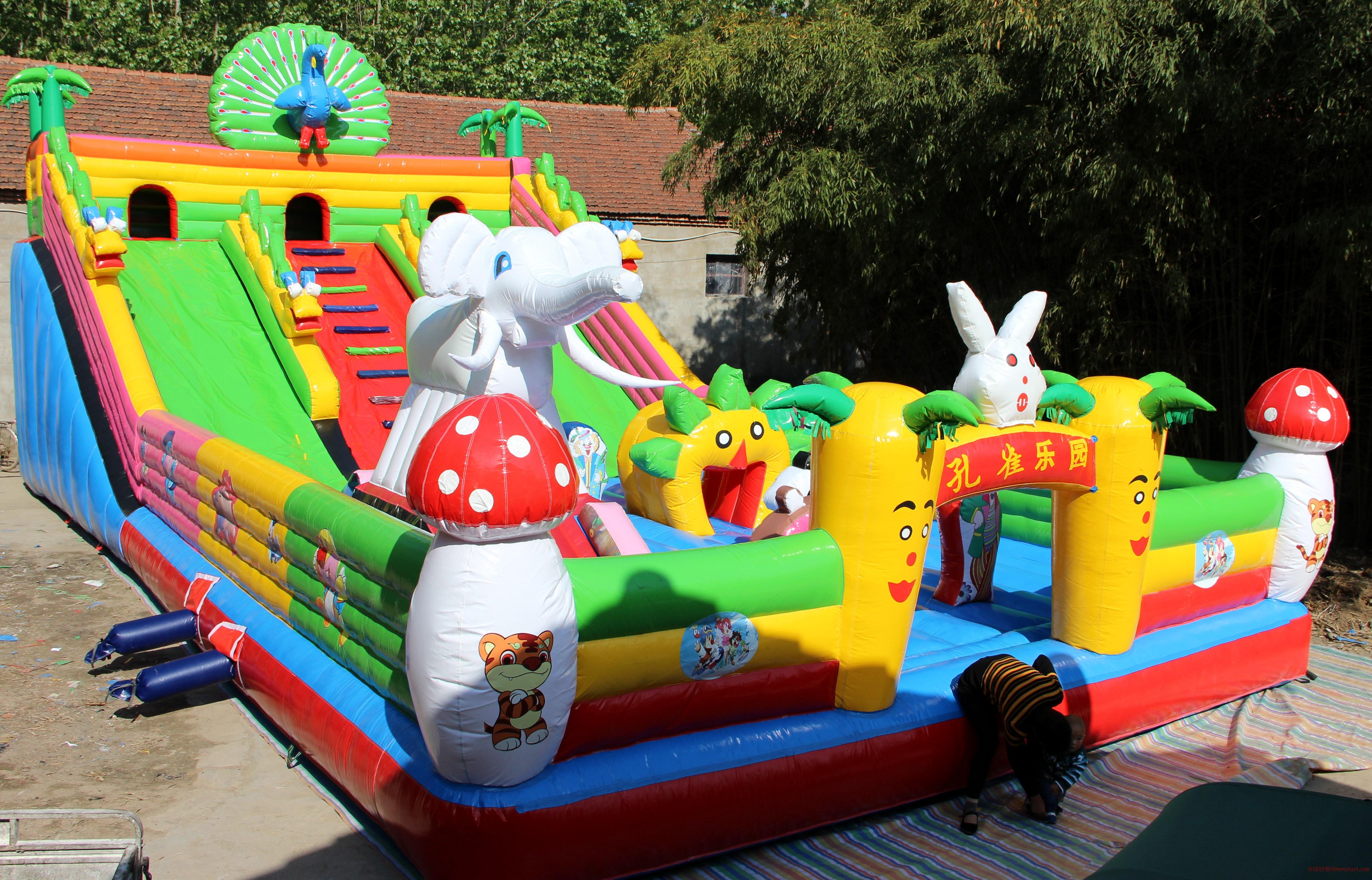 室外大型充气大滑梯 充气城堡 儿童玩具乐园