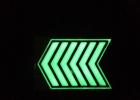 蓄光自发光不锈钢导向标识、消防地埋逃生指向标志牌