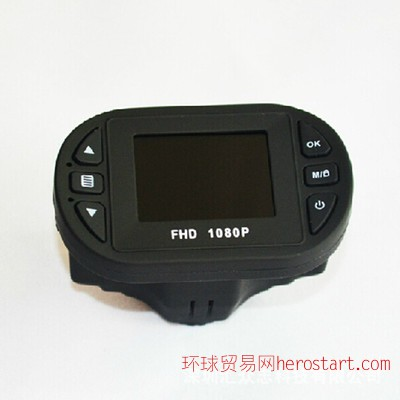 C600凌通行车记录仪普清720P红外夜视广角重力感应夜视王
