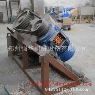大型木材粉碎机,平进口盘式粉碎机