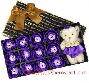 情人节礼品永生花 创意12朵玫瑰小熊香皂花巧克力礼盒 情人节礼物