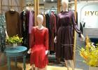 怎么选择开女装加盟店的加盟品牌?