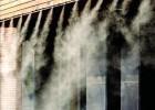 西安物流快递公司卸货平台、仓库中转场、分拣喷雾降温除尘