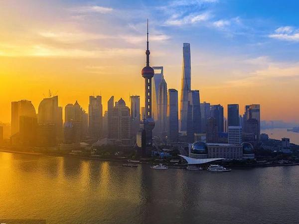 上海临港贸易公司注册 临港小商品企业注册 找磐琨