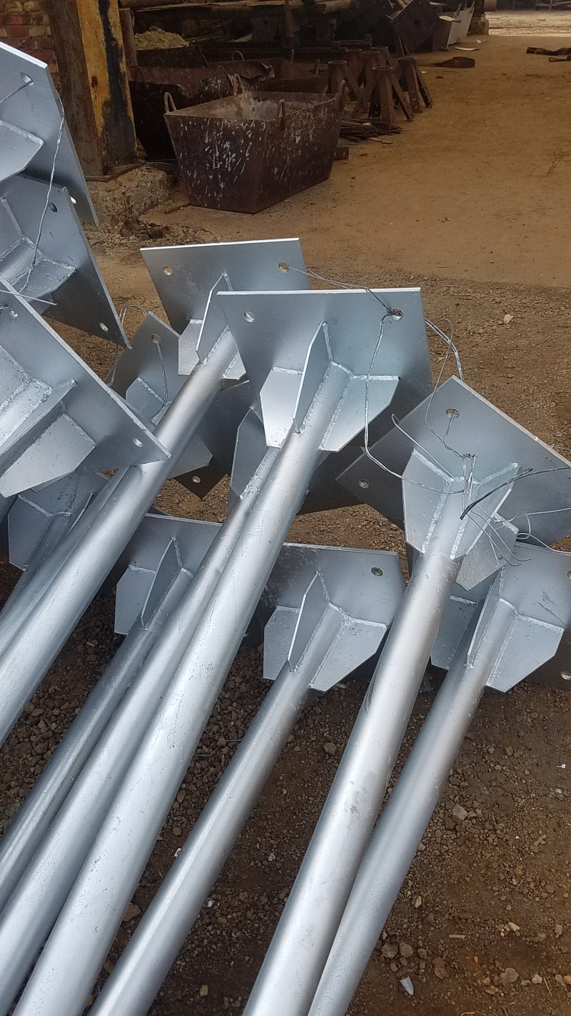 单立柱公路路标杆厂家