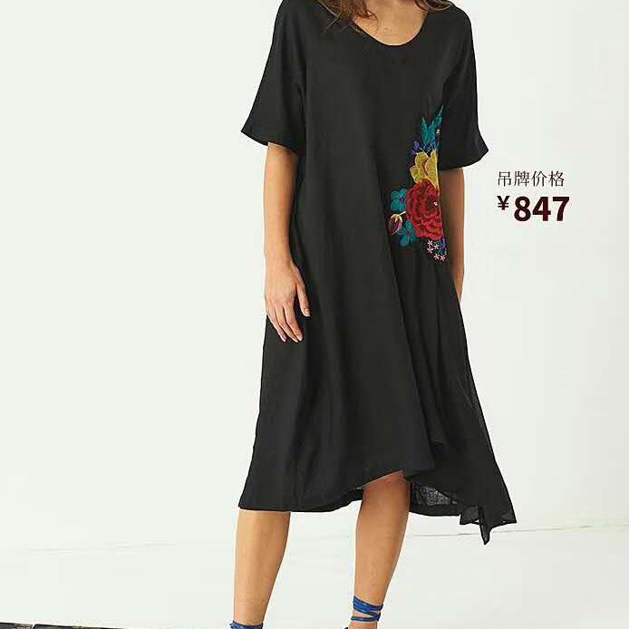 吉丘古儿时尚棉麻品牌折扣女装尾货批发
