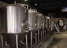 原浆小型精酿啤酒设备 啤酒屋啤酒设备,小型啤酒厂生产设备厂