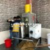 250花生立式液压榨油机全套设备价格,大豆圆饼笨榨桶式榨油机