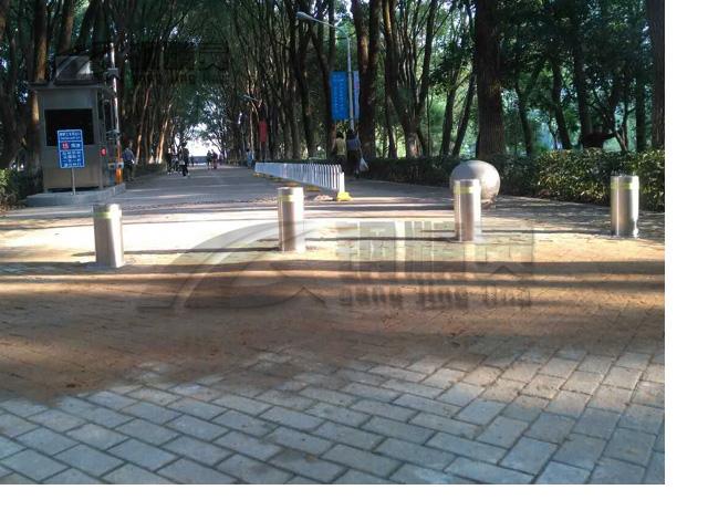 华中科技大学1