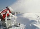 能为滑雪场延长经营期的人工造雪机 滑雪场建设成本