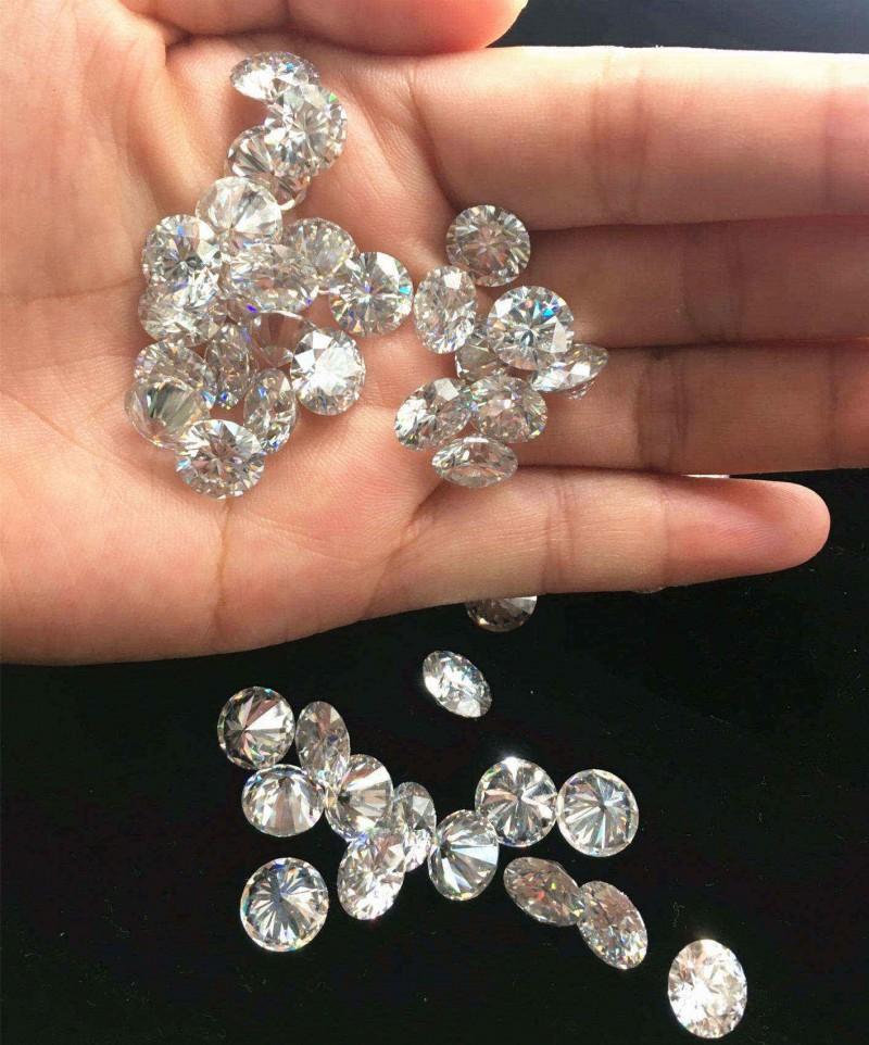 0.8-3.0mm高品质莫桑石 厂家直销专业加工莫桑石碎钻