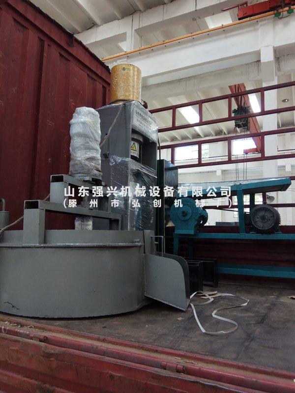 聚民牌山茶籽多功能立式双桶液压榨油机生产厂家