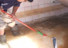 佛山顺德区杏坛洗水池公司,清洗消毒水箱水塔内壁去污垢黄渍