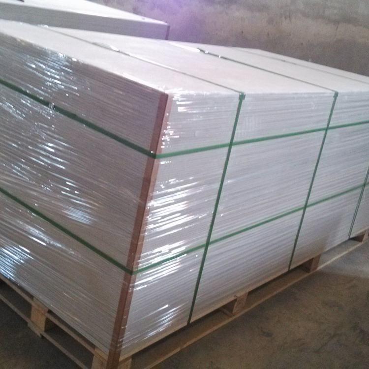 云南纤维水泥板 水泥压力板 纤维水泥吊顶板报价