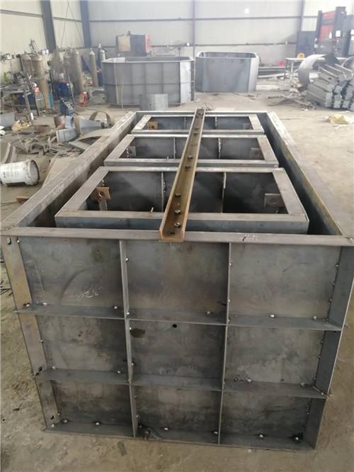 农村旱厕改造用的三格式水泥化粪池模具