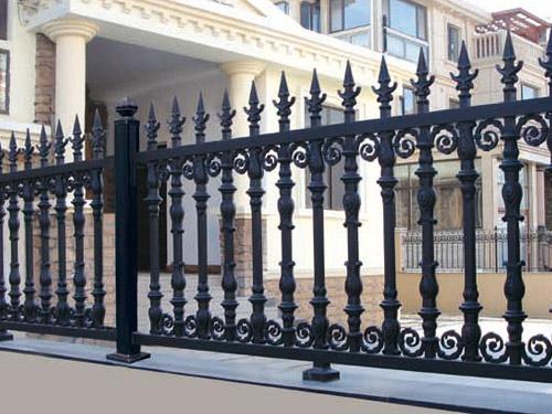 大连护栏 大连围栏 大连锌钢护栏 铝艺围栏 铁艺栅栏