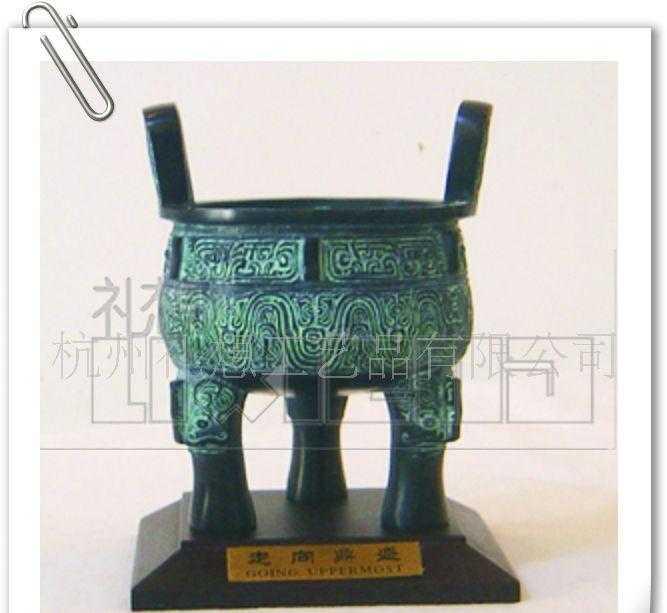 供应仿古青铜器,青铜器摆件,青铜鼎