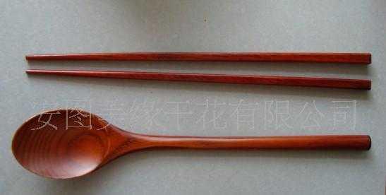 供应木勺木筷-环保餐具的首选品