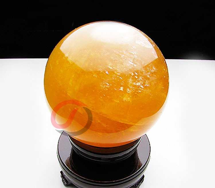 批发天然黄水晶球摆件9cm  有球必应球风水用品佛教用品