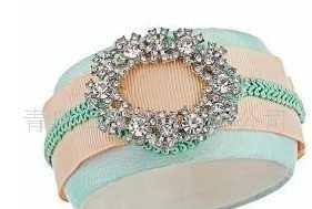 供应串珠裸石手链 合成珍珠母贝手镯 串珠 批发玻璃珠水晶饰品