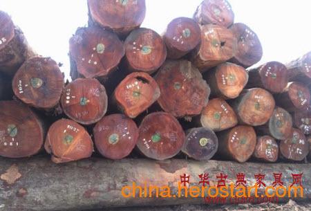 供应代理红木饰品 红木珠子 胭脂木进口报关 紫檀木进口清关