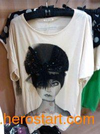 供应2013夏季新款韩版宽松大码T恤批发女装蝙蝠蕾丝烫钻短袖女t恤批发