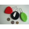 供应pvc圆形零钱包、椭圆零钱包、爱心桃零钱包、