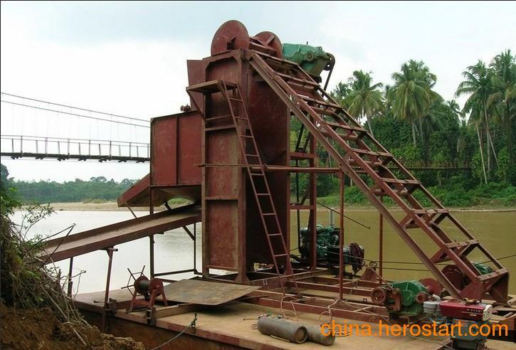 供应淘金船(矿金高效开采设备)黄金勘探船