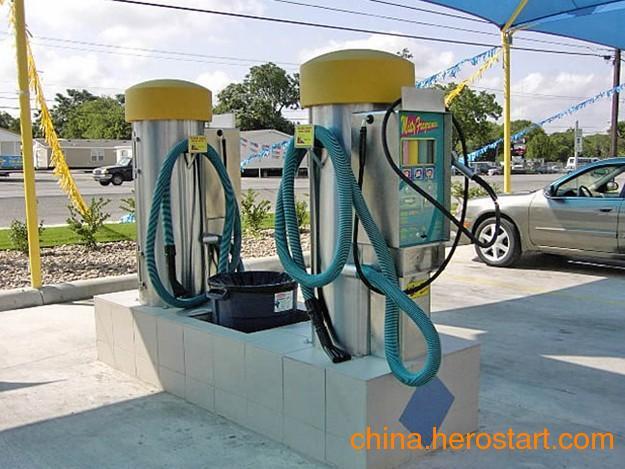 供应自助洗车机选什么牌子好?车海洋自助洗车机