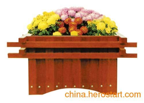 供应唐山组合花盆厂家 木制花盆 花箱价格 防腐木花箱 欢迎来图定做