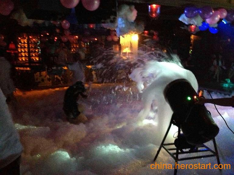 供应酒吧派对泡沫机舞台特效泡沫机清凉派对泡沫机