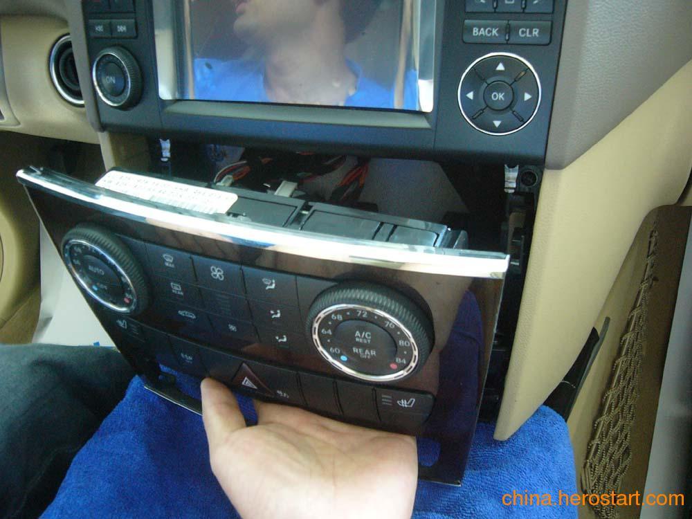 供应奔驰ML350空调面板 音响显示屏 CD机 挂档座 仪表台总成