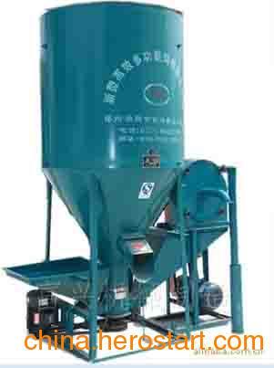供应传动式饲料粉碎搅拌机厂家地址位于郑州荥阳