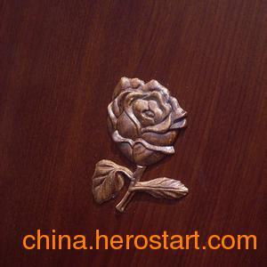 供应情人节玫瑰雕塑仿真雕塑