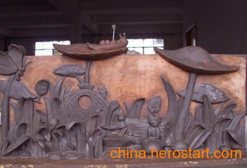 供应北京玻璃钢道具雕塑